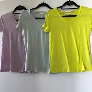 Forever 21 V-Neck Bundle!